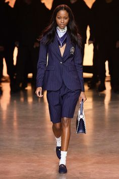 TommyNow Spring 2020 Ready-to-Wear Fashion Show - Vogue Fashion Show Collection, Summer Collection, Vogue Paris, Fashion Week, Fashion Looks, Androgynous Look, Yasmin Le Bon, Img Models, Vogue Russia