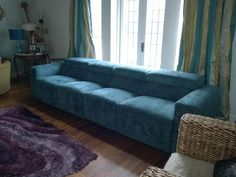A 4 Seater Binari Electric Recliner Sofa. 2 Seats Of 68cms And 2 Seats Of
