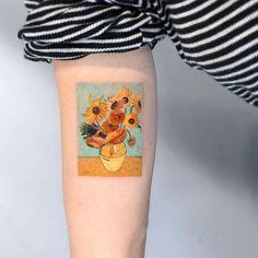 7 Tattoo Trends To Covet In 2019 - body art 7 Tattoo, Arrow Tattoo, Small Tattoo, Compass Tattoo, Tattoo Lyrics, Van Gogh Tattoo, Tattoos Motive, Body Art Tattoos, Tatoos