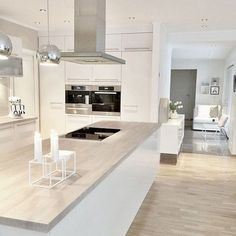 Scandinavian kitchen decor belongs to the most perfect decorations for a modern kitchen. We have a collection of Scandinavia kitchen decor ideas to consider. Rustic Kitchen Cabinets, Kitchen Cabinet Design, Kitchen Decor, Scandinavian Kitchen Cabinets, Narrow Kitchen, Kitchen White, Dark Cabinets, Kitchen Trends, Kitchen Ideas