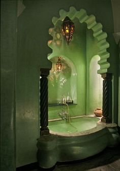 Gorgeous bath at the hotel La Sultana Marrakech.  Perfect for posing like a goddess... and soaking...