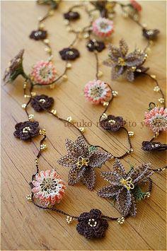 画像1: C トゥーオヤの小花ラリエット (1)