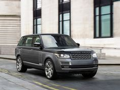2018 Range Rover SVAutobiography dials up the luxury in Land Rover's flagship SUV Range Rover Sport, Range Rovers, Range Rover Lwb, Bentley Suv, Range Rover Classic, Jaguar Land Rover, Ranger, Most Expensive Luxury Cars, Sv Autobiography