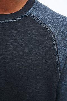 Selected Homme Unit Raglan Sweatshirt in Navy - Urban Outfitters