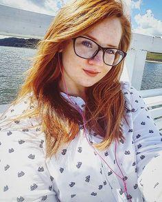 #hello #me #myself #selfie #instaphoto #gingerhair #redhead #frecles #glasses #natural #naturalbeauty #makeup #sea #balticsea #Poland #polishgirl #polskadziewczyna #ruda #molo #orłowo #Gdynia #klif #pozdro 💓😀😚😃 Natural Beauty from BEAUT.E