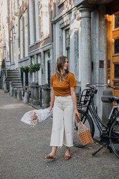211 besten Sommeroutfits    helle Hosen Bilder auf Pinterest in 2018 ... 92ed095cab