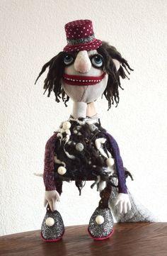 Bobby - hand puppet / ハンドメイド/人形/おもしろ/癒し/赤ちゃん/ファン|人形|olgamilovich-puppets|ハンドメイド通販・販売のCreema
