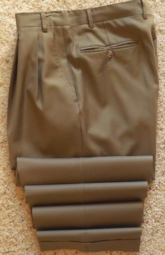 Canali PROPOSTA Pants 32 29 TAUPE Mens Size WOOL Italy Beige PLEATED Cuffed Man* #Canali #DressPleat