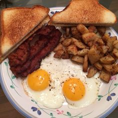 Weekends are for breakfast. Dippy eggs with crispy bacon toast and home fries made with leftover baked potatoes.[homemade] http://ift.tt/2igmqLP