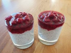 Chia seeds have been used by mankind for their health benefits for centuries. Today people all around the world are enjoying the nutrition benefits of chia seed Breakfast On The Go, Low Carb Breakfast, Breakfast Ideas, Superfood, Coconut Chia Seed Pudding, Chia Puding, Chia Benefits, Health Benefits, Sans Gluten Vegan