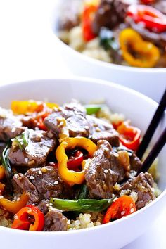 Easy Pepper Steak This easy pepper steak stir-fry is ready to eat in about 30 minutes. Packed with flavor it's sure to be a crowd pleasure (or a romantic dinner for two) Serve over rice or quinoa and you have yourself one yummy meal! Grab the full recipe at Gimme Some Over. Serves 2-4.