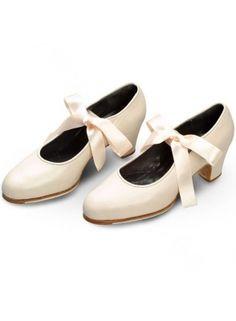 Chaussures flamenco nancy for Danse de salon annecy