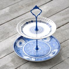 Denby Cake Stand, $34, now featured on Fab.
