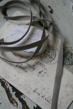 I love old letters. Gris Taupe, Old Letters, Gray Matters, French Grey, Lady Grey, Colour Board, Fifty Shades Of Grey, Vintage Roses, Grey And White