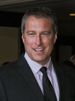 John Corbett - love the touch of gray- silver fox? i think so :) Beard Styles For Men, Hair And Beard Styles, John Corbett, Touch Of Gray, Raining Men, Actors & Actresses, Famous People, How To Memorize Things, Interview