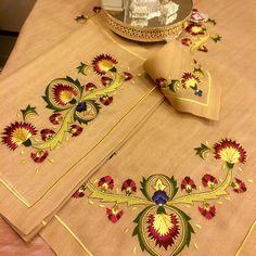 Salon# takımı# ipek# nakış# gold# türk işi# çiniğnesi# tasarım# gönül# işi# adapazarı# istanbul#