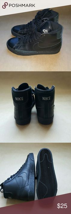 1953a605ff75 Nike Triple Black Blazers 6y or 7.5 women s. I m normally a 7 but