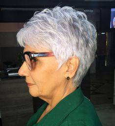 older women hairstyles short over 70 Feathered Silver Pixie Hairstyle Short Hair Over 60, Short Hair With Layers, Haircut For Older Women, Short Hair Cuts For Women, Short Cuts, Mom Hairstyles, Short Hairstyles For Women, Natural Hairstyles, Beautiful Hairstyles