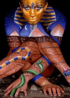 Cool Egyptian look. #bodypainting