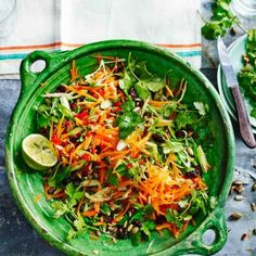 the 4 Cycle Solutions Japanese Diet - Zingy carrot salad Healthy Salad Recipes, Vegetarian Recipes, Cooking Recipes, Vegetarian Salad, Carrot Salad Recipes, Chilli Recipes, Japanese Diet, Carrots, The Best