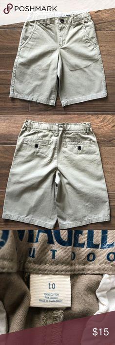 Boys' Magellan Khaki Shorts Khaki shorts. Size 10. 100% cotton Magellan Outdoors Bottoms Shorts