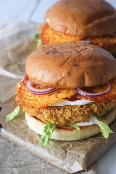 Sprøde Nachos Kyllingeburgere – One Kitchen – A Thousand Ideas Food C, Good Food, Yummy Food, Junk Food, Vegetarian Recipes, Snack Recipes, Healthy Recipes, Dinner Recipes, Sandwiches