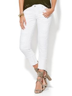 Shop Soho Jeans - Destroyed & Cuffed Relaxed Boyfriend - Paper White . Find your perfect size online at the best price at New York & Company.