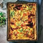 Gemüse-Quiche mit Feldsalat