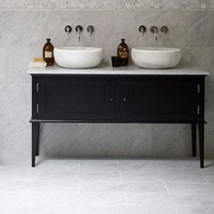 This vanity unit with a Chelsea stone vanity top was designed exclusively for Mandarin Stone. Available as a single or double with various wood colour options - buy online here. Bathroom Sink Units, Bathroom Vanity Tops, Wood Bathroom, Diy Bathroom Decor, Bathroom Furniture, Bathroom Interior, Bathroom Ideas, Furniture Vanity, Bathroom Designs