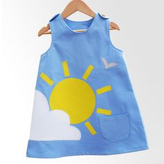 11 Handmade Summer Dresses for Baby Girl Is your baby girl living in dresses this season? Check out these adorable handmade summer dresses that you are sure to love! - 11 Handmade Summer Dresses for Baby Girl Little Dresses, Little Girl Dresses, Girls Dresses, Summer Dresses, Sun Dresses, Baby Dresses, Summer Outfits, Baby Outfits, Kids Outfits