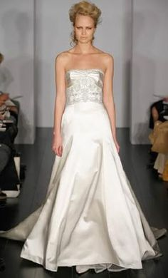 New With Tags Kenneth Pool Wedding Dress K282 Miro, Size 6