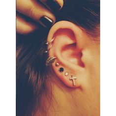 50 Beautiful Ear Piercings ❤ liked on Polyvore featuring jewelry, earrings, piercings, accessories and pictures