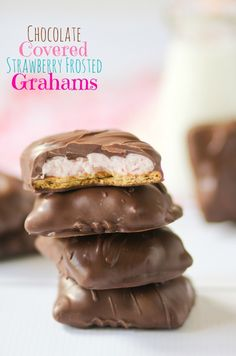 Chocolate Covered Strawberry Frosted Grahams