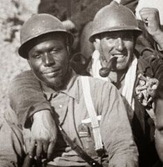 Oliver Law, the first African-American to lead a mixed combat unit, commander of the Lincoln Battalion of the XV International Brigade. He was commander for four days before being killed in action. Cold Light Of Day, Killed In Action, Vietnam, War Photography, Black History Facts, World War One, Military History, Wwii, Spanish