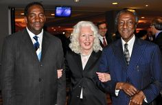 Facing civil rights history with those who made it  The Event: Civil rights activists who made history and became known as Freedom Riders were honored guests at the 24th annual Facing History and Ourselves benefit inside the Hyatt Regency Chicago on April 30. As youths in 1961, these men and women rode interstate buses to challenge the non-enforcement...  http://www.chicagotribune.com/ct-gln-trend-freedom-tl-0618-20150611-story.html