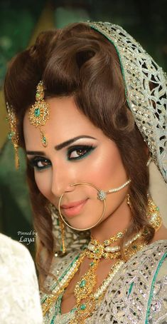 #IndoPak Bride, #MakeUp, #Jewellery includes Nath (Nose) & Maang Tikka (Forehead)