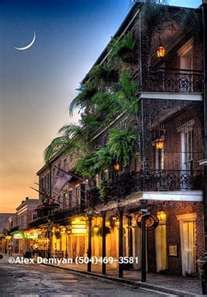 New Orleans French Quarter...looks so cool! Want to visit there.