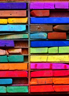 chalk pastel palettes (photo by Elsie Larson) Love all the colors! World Of Color, Color Of Life, Chalk Pastels, Soft Pastels, Candy Colors, Belle Photo, Rainbow Colors, All The Colors, Bright Colors