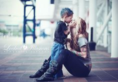 freaking. adorable. such a cute mother and son. Want one like this one day ;) but with twin boys :)) huh bam?!