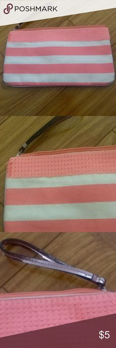 ✨your free gift✨ LOFT Coral Stripe Wristlet Must Have wristlet for the Summer! The color was difficult to capture but the second close up photo looks the closet to true color oh my iPhone 6S. It's in excellent used condition! Yours for free with any purchase from my closet. Just comment after your purchase and I'll include it in your order!    I'm doing major spring cleaning and I'm letting go of many new and gently hard items. All my items come from smoke/pet free home. Please feel free to…
