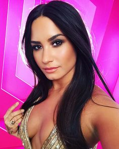 417.1k Likes, 5,523 Comments - Demi Lovato (@ddlovato) on Instagram: """"