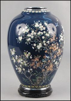 japanese cloisonne   1053059: JAPANESE CLOISONNE VASE. : Lot 1053059