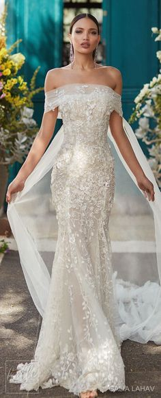 Wedding dress by Galia Lahav Couture Bridal - Fall 2018 - Florence by Night - Juniper #weddinggowns