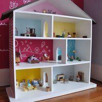 Eva's Dollhouse