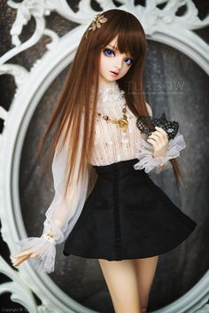 Le Muse by TURBOW    Via Flickr: I do know why I always end up trying almost everything I bought on her if they fit. It's not just because she's my favorite but my ultimate muse.  —————————- Dion - Volks SD16 Tae II (modded)