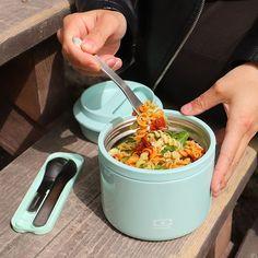 @monbento • Photos et vidéos Instagram Salad Dishes, Cold Pasta, Pesto Sauce, Bento Box Lunch, 200 Calories, Dried Tomatoes, Italian Style, Cooking Time, Pasta Salad