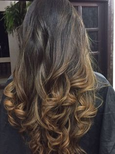 Morena iluminada  🙏💇🏼💇🏼💅🏻 Long Hair Styles, Beauty, Hairdressers, Brunettes, Long Hairstyle, Long Haircuts, Long Hair Cuts, Beauty Illustration, Long Hairstyles