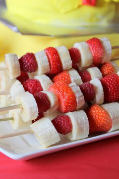 Add blueberries and you have Red, White & Blue Fruit Kabobs for 4th of July! Make sure you lay out the strawberries on paper towels first to absorb the extra fruit juice so that they don't bleed onto the bananas.