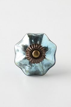 Cabinet knob in blue mercury Shabby Chic Campers, Vintage Door Knobs, Guest Room Decor, Home Hardware, Dresser Hardware, Cabinet Hardware, Brass Fittings, Glass Knobs, Mercury Glass