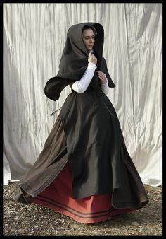 16th Century Flemish costume (fitted gown, petticoat and huik)